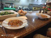 Zdjęcie przedstawiające jedzenie