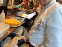 Zdjęcie przedstawiające kucharza